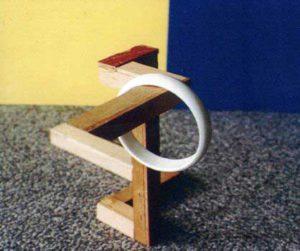 """Model van een door Reutersvärd bedachte figuur die hij """"the most impossible object"""" noemde, zie de column van november."""